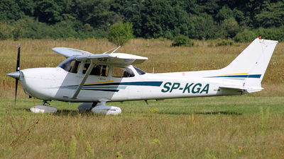 SP-KGA - Cessna 172S Skyhawk SP - Private