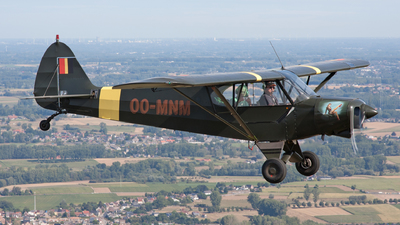 OO-MNM - Piper PA-18-150 Super Cub - Private