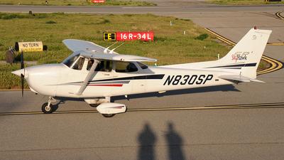 A picture of N830SP - Cessna 172S Skyhawk SP - [172S8745] - © Frank Buschmann
