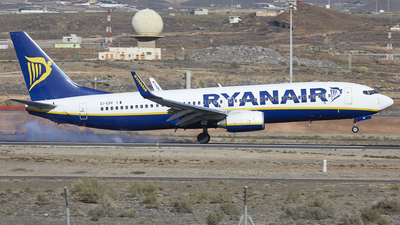 A picture of EIEPF - Boeing 7378AS - Ryanair - © Manolo Aldana