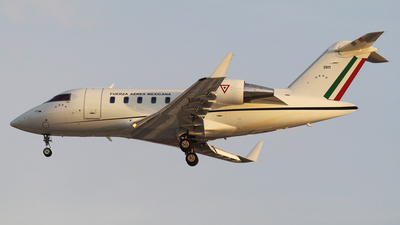 3911 - Bombardier CL-600-2B16 Challenger 605 - Mexico - Air Force