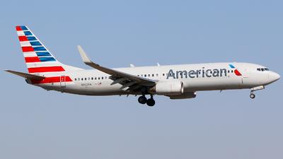 N952AA - Boeing 737-823 - American Airlines