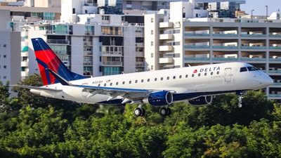 A picture of N301SY - Embraer E175LL - Delta Air Lines - © Ian De Leon