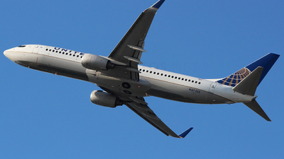 N37255 - Boeing 737-824 - United Airlines