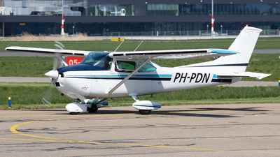 PH-PDN - Cessna 182P Skylane - Private