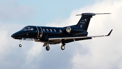 D-CLIF - Embraer 505 Phenom 300 - Spree Flug
