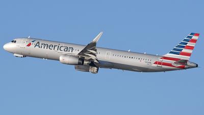 N104NN - Airbus A321-231 - American Airlines