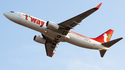 HL8324 - Boeing 737-8AS - T'Way Air