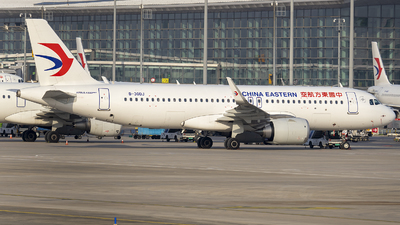 A picture of B30DJ - Airbus A320251N - China Eastern Airlines - © ZHOUYIFEI