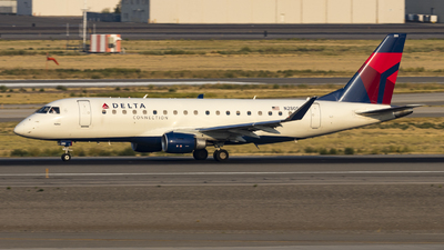 A picture of N280SY - Embraer E175LR - Delta Air Lines - © David Lee