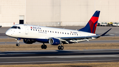 A picture of N298SY - Embraer E175LL - Delta Air Lines - © xuxinyi1000