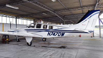 N747DW - Beechcraft 58 Baron - Private