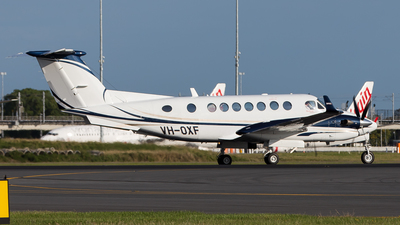 A picture of VHOXF - Beech 300 Super King Air 350 - [FL753] - © Brandon Giacomin