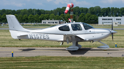N157ES - Cirrus SR22 - Private
