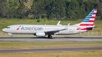 N982AN - Boeing 737-823 - American Airlines