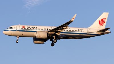 B-30DE - Airbus A320-271N - Air China