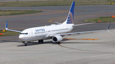 N73278 - Boeing 737-824 - United Airlines