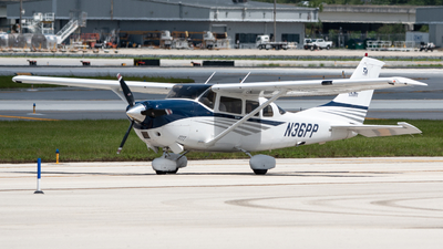 N36PP - Cessna T206H Turbo Stationair - Private