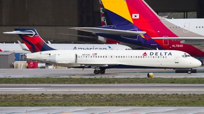 N971AT - Boeing 717-2BD - Delta Air Lines