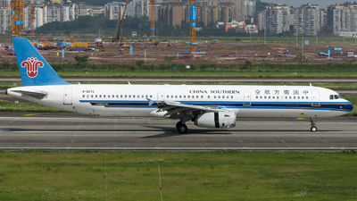 A picture of B6270 - Airbus A321231 - China Southern Airlines - © SunnyZUUU