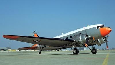 726 - Douglas C-47B Skytrain - France - Navy