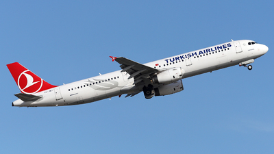 A picture of TCJMJ - Airbus A321231 - Turkish Airlines - © Firat Cimenli