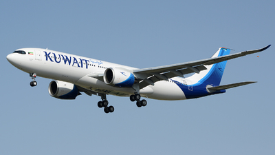 A picture of FWWKU - Airbus A330 - Airbus - © Romain Salerno / Aeronantes Spotters