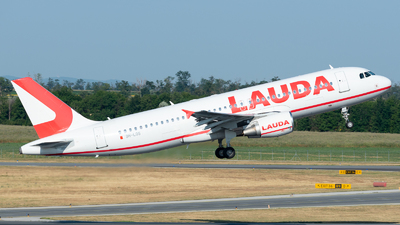 A picture of 9HLOS - Airbus A320214 - Lauda Europe - © Thomas Ernst