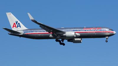 N361AA - Boeing 767-323(ER) - American Airlines