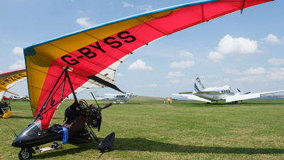 G-BYSS - Medway Microlights Eclipser - Private