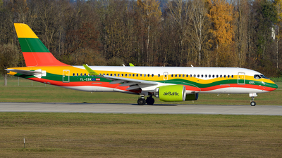 A picture of YLCSK - Airbus A220300 - Air Baltic - © Benjamin Exenberger