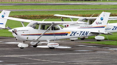 ZK-TAN - Cessna 172R Skyhawk II - Ardmore Flying School
