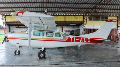 TI-ALO - Cessna U206G Stationair - Private