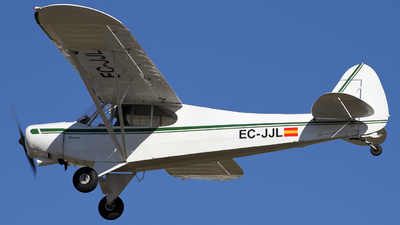 EC-JJL - Piper PA-18-150 Super Cub - Private