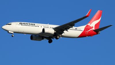 VH-VZG - Boeing 737-838 - Qantas