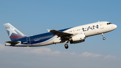 CC-BAB - Airbus A320-233 - LAN Airlines