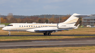 G-OUEG - Bombardier BD-700-1A10 Global 6000 - Private