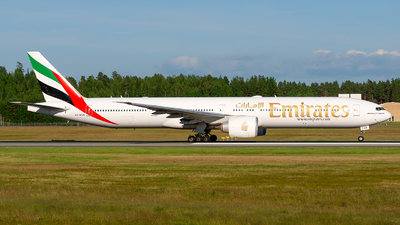 A6-EGM - Boeing 777-31HER - Emirates
