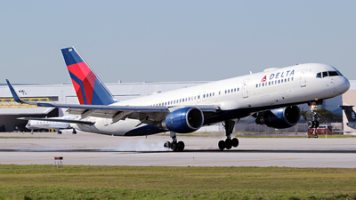 A picture of N6701 - Boeing 757232 - Delta Air Lines - © André DuPont (MAS Aviation Press)