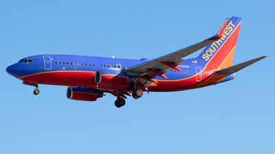 A picture of N780SW - Boeing 7377H4 - Southwest Airlines - © Sandra