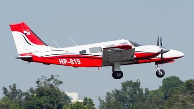 HP-819 - Piper PA-34-200T Seneca II - Private