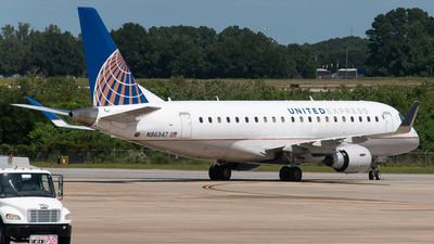 A picture of N86347 - Embraer E175LR - United Airlines - © Devin | Charleston Spotter