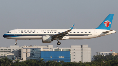 B-301U - Airbus A321-271N - China Southern Airlines