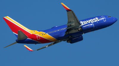 N921WN - Boeing 737-7H4 - Southwest Airlines
