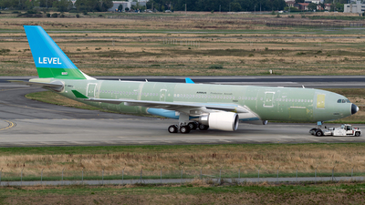 F-WWKU - Airbus A330-202 - Level (Open Skies)