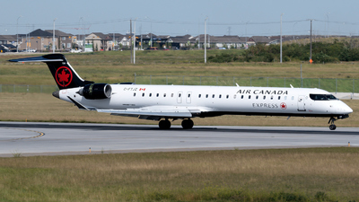 C-FTJZ - Bombardier CRJ-705ER - Air Canada Express (Jazz Aviation)
