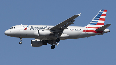 A picture of N775XF - Airbus A319112 - American Airlines - © Jose R. Ortiz