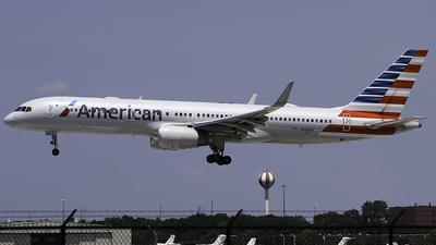 N188AN - Boeing 757-223 - American Airlines