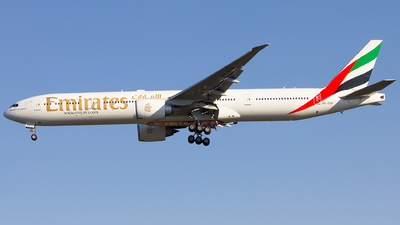 A picture of A6ECR - Boeing 77731H(ER) - Emirates - © Roger Rodrigues