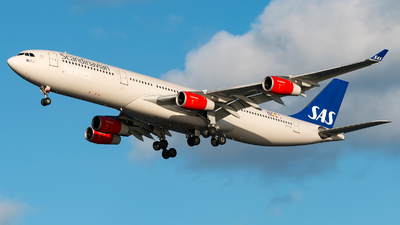LN-RKF - Airbus A340-313X - Scandinavian Airlines (SAS)